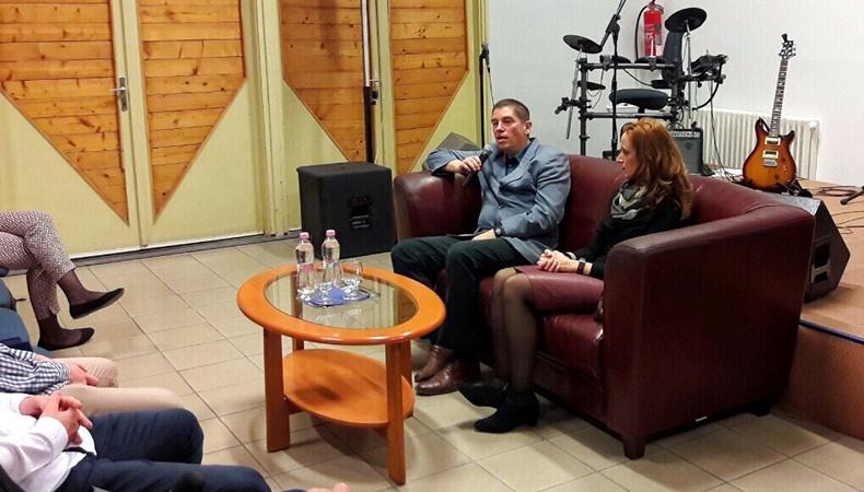 Ifjúsági fórum Dr. Pátri Lászlóval és feleségével