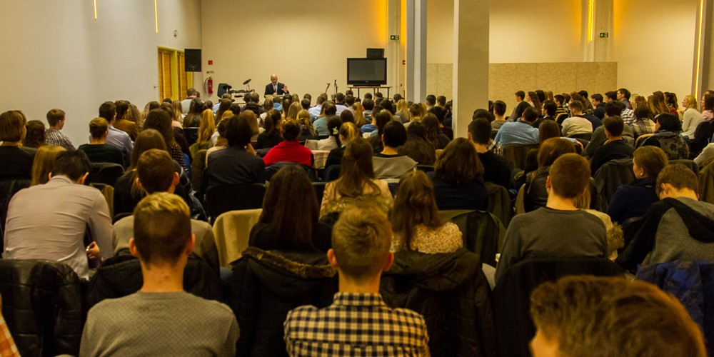 Dr. Hack Péter: Tanítványság - Regionális ifjúsági alkalom