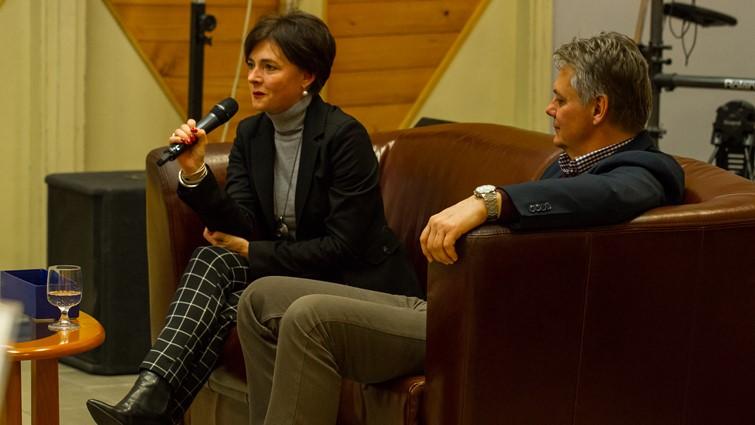 Ifjúsági fórum Horváth Zoltánnal és feleségével, Rubinszki Andreával
