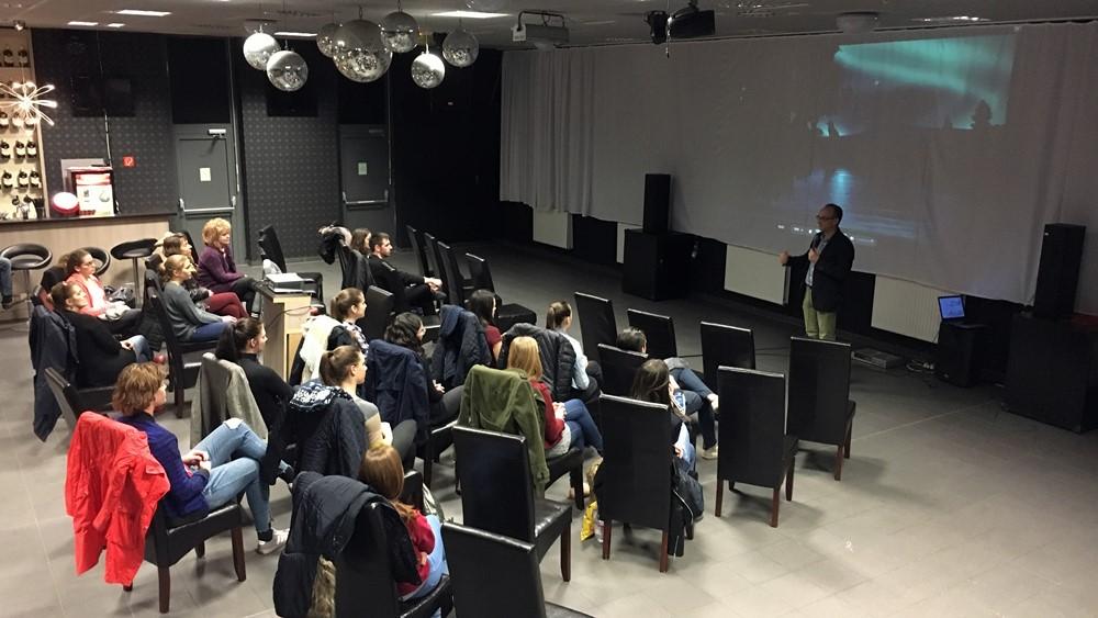 Univ Help Filmklub - Értékeket őrzünk