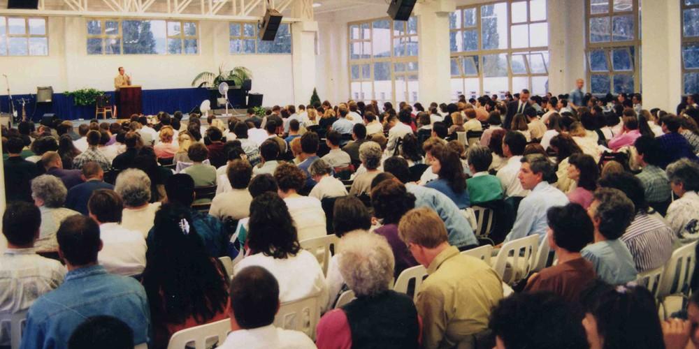 A pécsi Hit Gyülekezete története