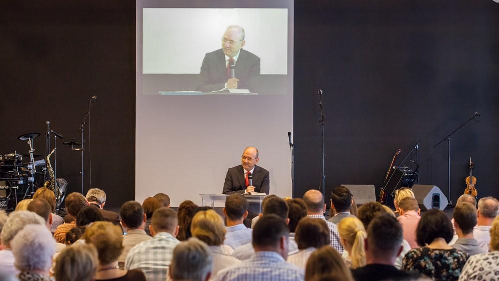 Az atyaság Isten igéjének tükrében - Dr. Hack Péter