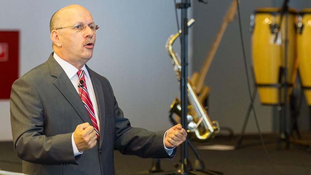 A bálványimádás és az észkultusz eltávolít Istentől - Dr. Hack Péter