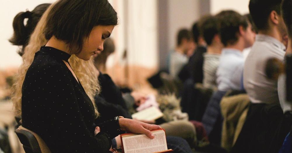 A fiatalok szerepe az istentisztelet helyreállításában - Bozsovics Milán