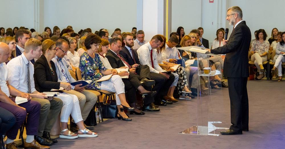 Becsüljük meg a helyi gyülekezetben kapott áldásokat - Nemes Ákos vendégszolgálata