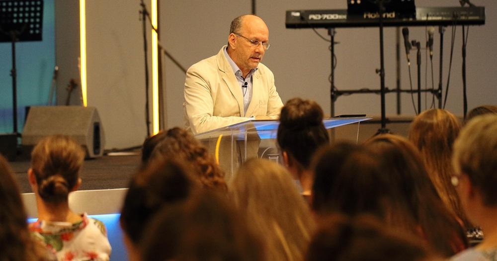 Hack Péter: Isten igéje és az ahhoz való ragaszkodás - Regionális Ifjúsági Alkalom