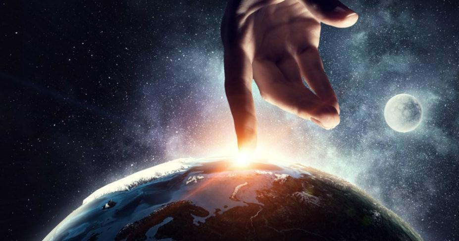 Ha Isten teremtette a világot, ki teremtette az Istent?