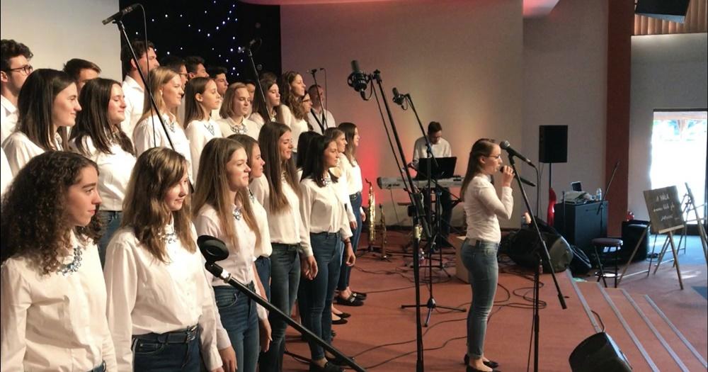 Családi nappal egybekötött evangélizáziós rendezvényen járt Kecskeméten a Wing Singers