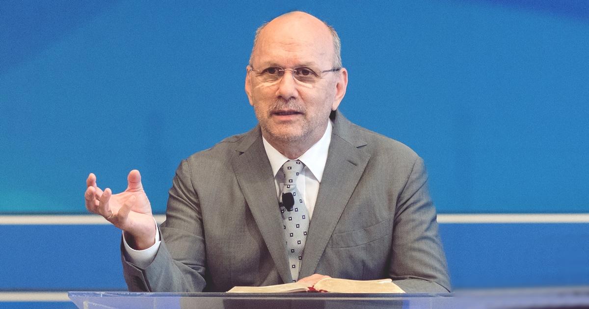 Dr. Hack Péter: Az áldás útja az Istennek letett élet