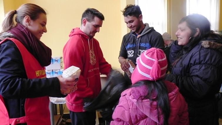 Több, mint 1 tonna adománnyal segített Barcson a HIT Gyülekezete
