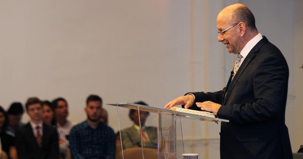 A növekedés feltétele: helyünk megtalálása az egyházban - Dr. Hack Péter