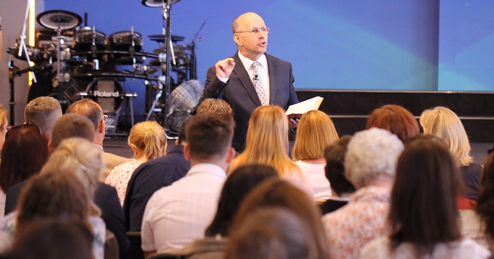 Tanulmányozzuk a végidőkről szóló próféciákat! - Dr. Hack Péter