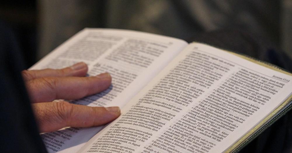 Békét kötni Istennel Jézus Krisztus vére által lehet - Dr. Hack Péter